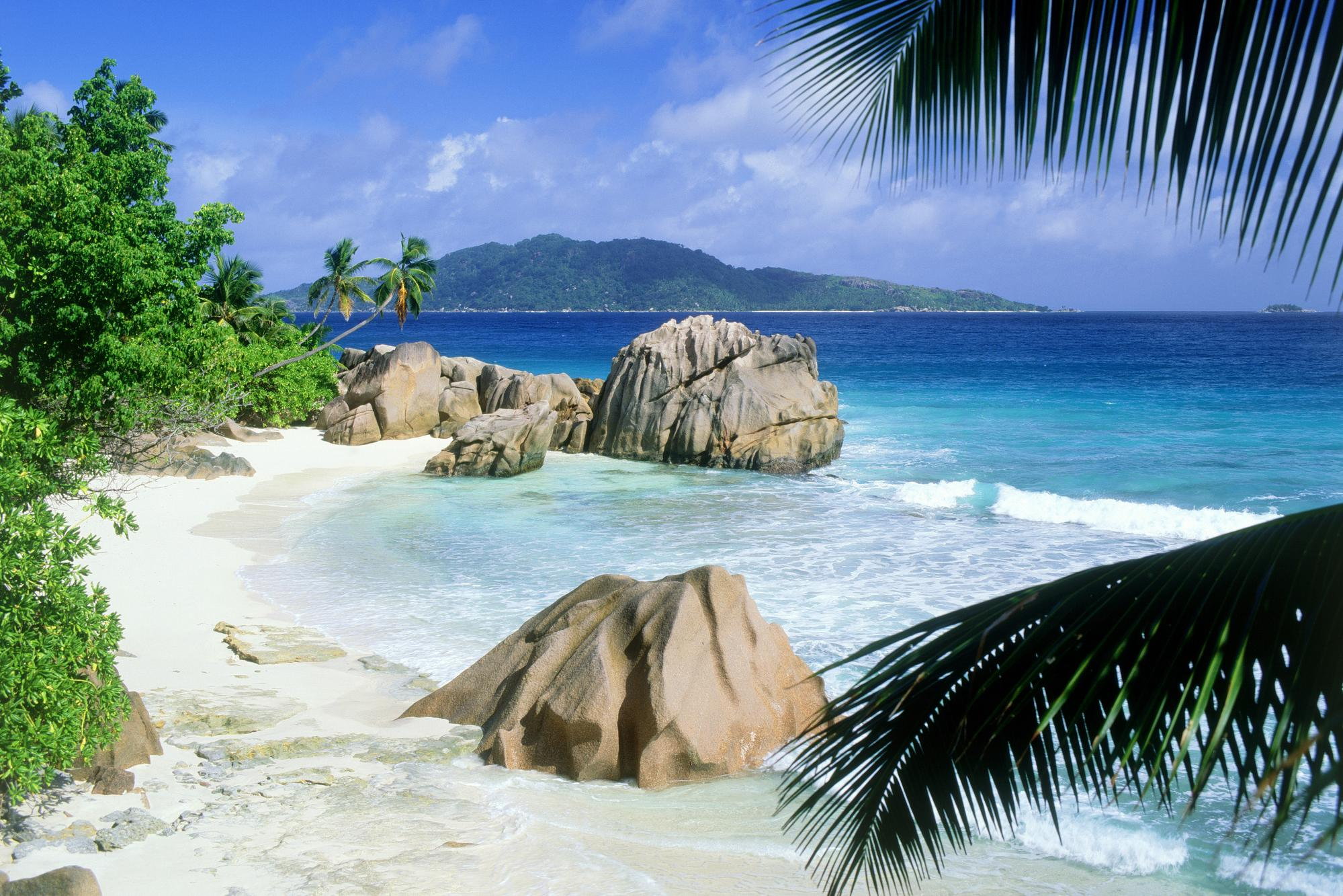 Sfondi desktop paesaggi hd spiaggia deserta sfondi hd for Paesaggi desktop