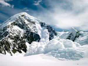 Sfondo HD neve inverno