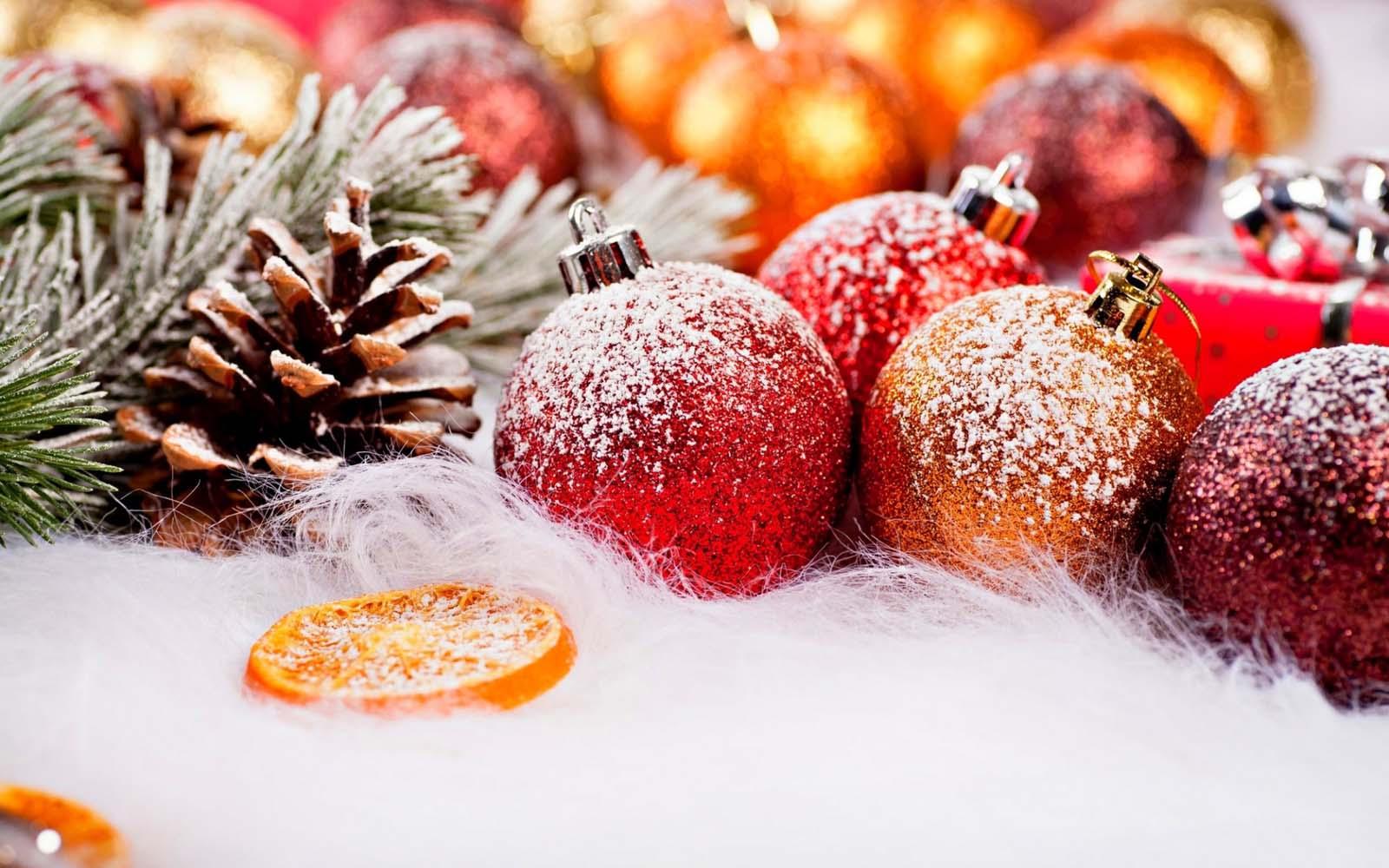 sfondo decori natalizi innevati sfondi hd gratis. Black Bedroom Furniture Sets. Home Design Ideas