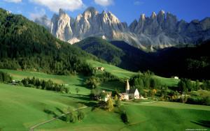 Sfondo HD paesaggio di montagna francese