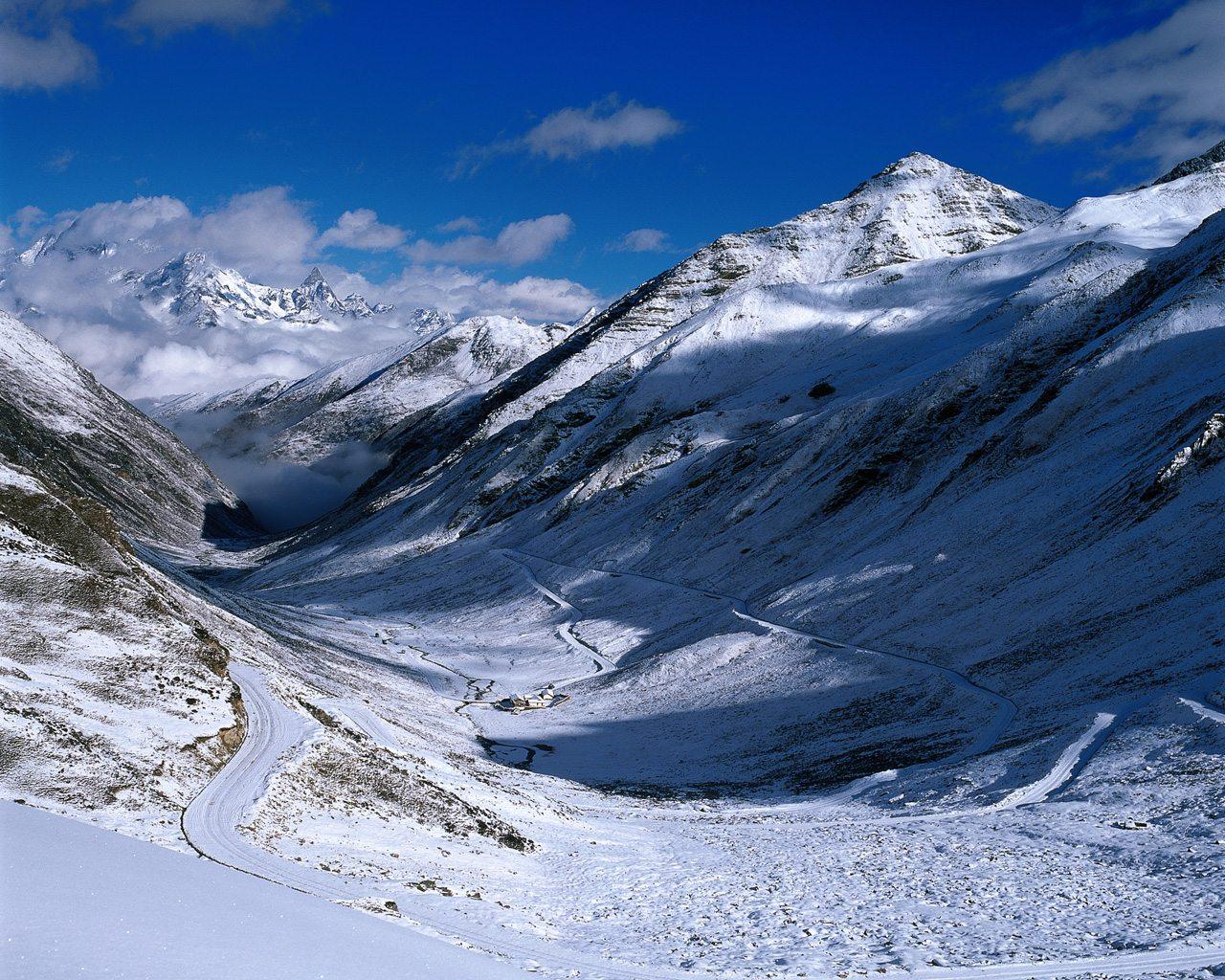 sfondi hd montagne innevate inverno sfondi hd gratis